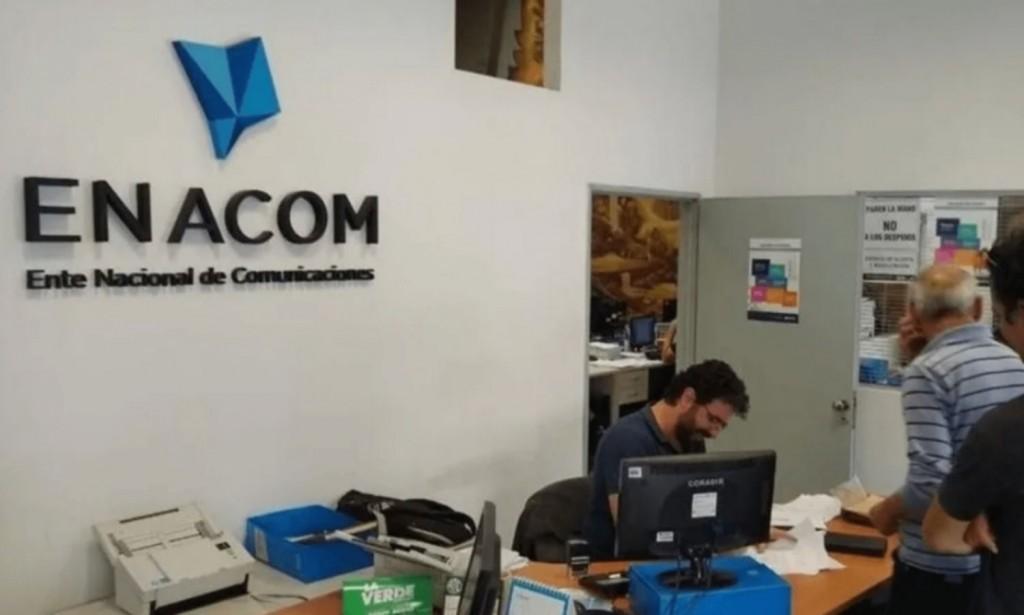 EL ENACOM REGLAMENTA EL AUMENTO DEL 5% EN LAS TARIFAS DE TELECOMUNICACIONES E INFORMACIÓN