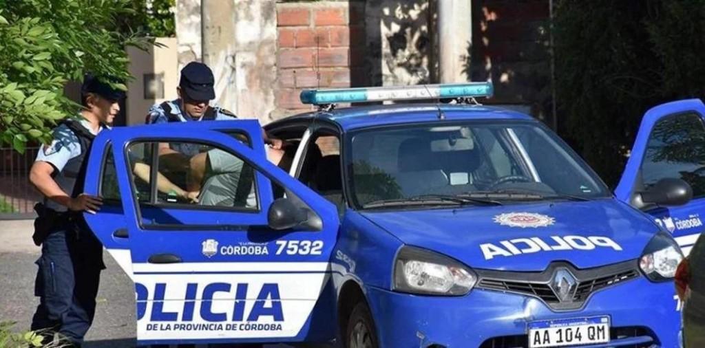 MÁS DE 15 MIL DETENIDOS POR POLICÍAS PROVINCIALES DE TODO EL PAÍS POR INCUMPLIR LA CUARENTENA.