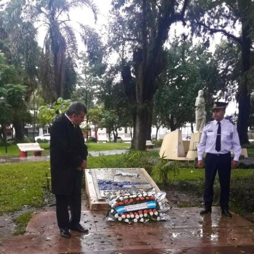 ACTO Y OFRENDA FLORAL POR LOS EX COMBATIENTES DE MALVINAS EN PLAZA BERNABÉ ARÁOZ