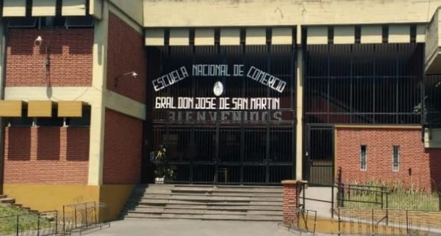 LA ESCUELA  SUPERIOR DE COMERCIO COMENZÓ CON LA DISTRIBUCIÓN DE MATERIAL ACADÉMICO
