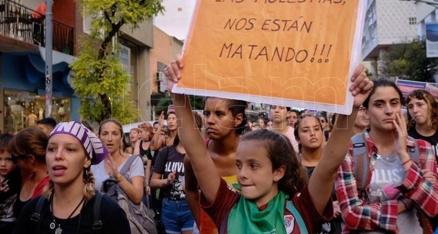 CADA 9 DÍAS, UNA NIÑA O ADOLESCENTE ES ASESINADA POR UN FEMICIDA EN ARGENTINA