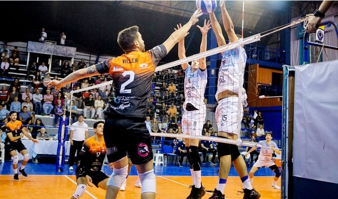 Monteros Voley Cayo Frente a Bolivar Voley