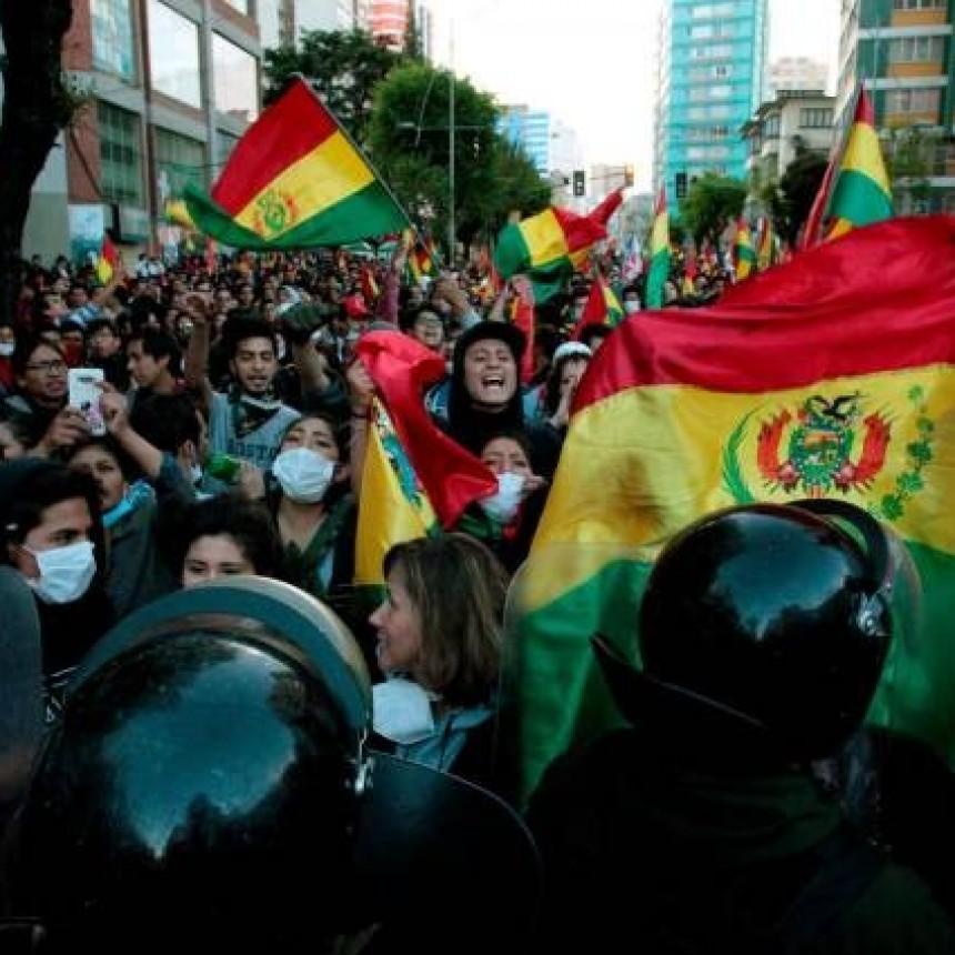 Bolivia se prende fuego y suman 8 los muertos